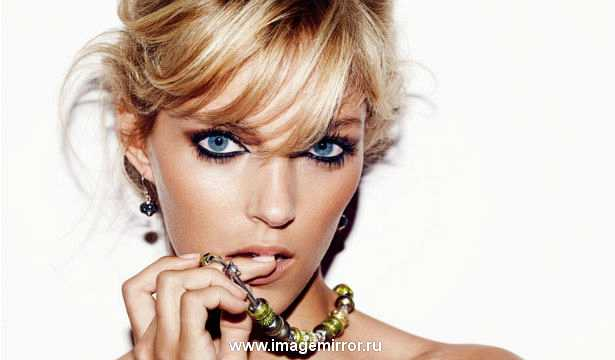 Аня Рубик - новое лицо бренда Yves Saint Laurent
