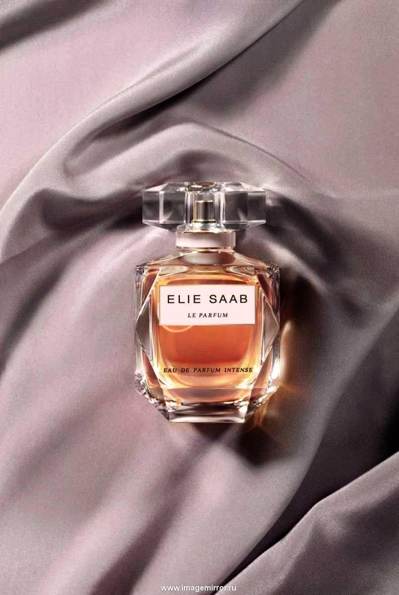elie saab vypustil novuyu versiyu aromata le parfum intense 0