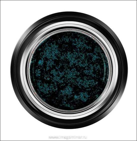 Тени Eyes to Kill Intense Eyeshadow, $32.00. Оттенок 20 Obsidian Black.