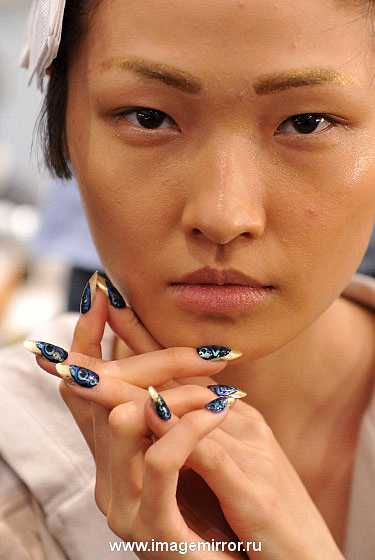 kreativnyy manikyur na nedele mody v n yu yorke foto 2