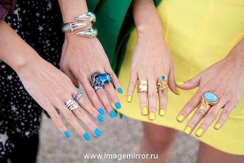 manikyur i makiyazh v ukrainskom stile 3