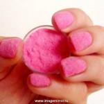 Новый тренд в маникюре: бархатные ногти
