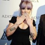 Келли Осборн блеснула маникюром за $1 млн