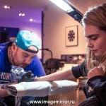 Модель Кара Делевинь сделала вторую татуировку
